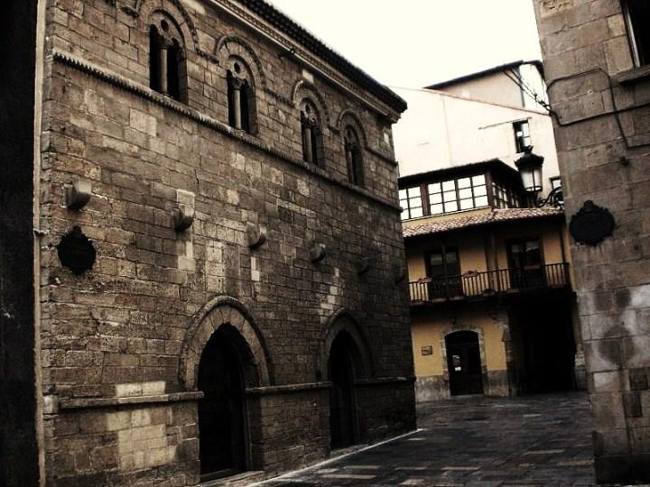 13-palacio-de-valdezcarana-en-aviles