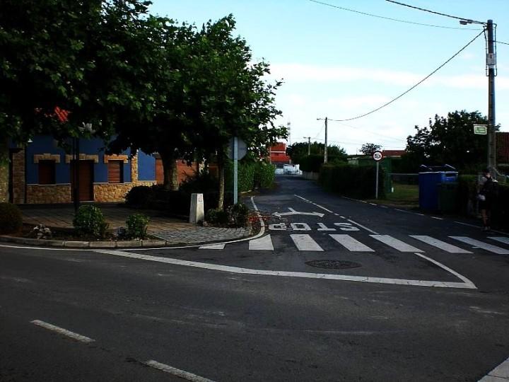 44-cruce-sin-despiste-en-san-cristobal-hacia-la-derecha