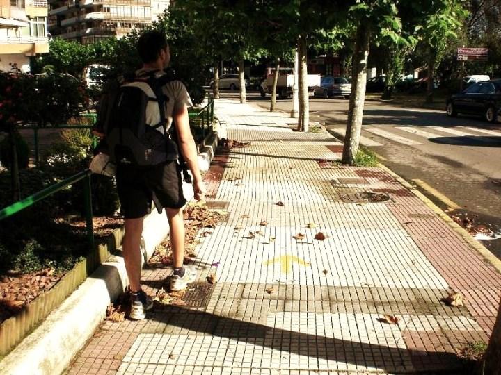 63-caminar-un-poco-por-la-calle-de-salinas