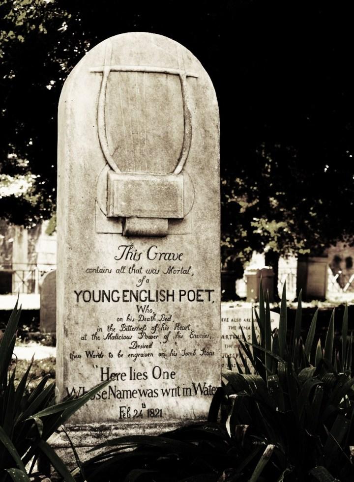 la-tumba-de-keats-en-el-cementerio-protestante-de-roma